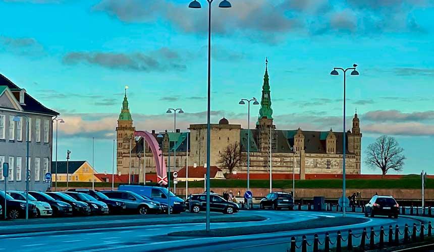 Tisvildeleje til Gilleleje og til Kronborg Slot