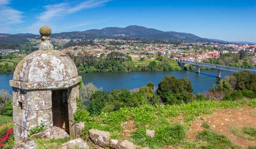 Gå den portugisiske camino fra Valenca til Santiago, og oplev lidt af Portugal først