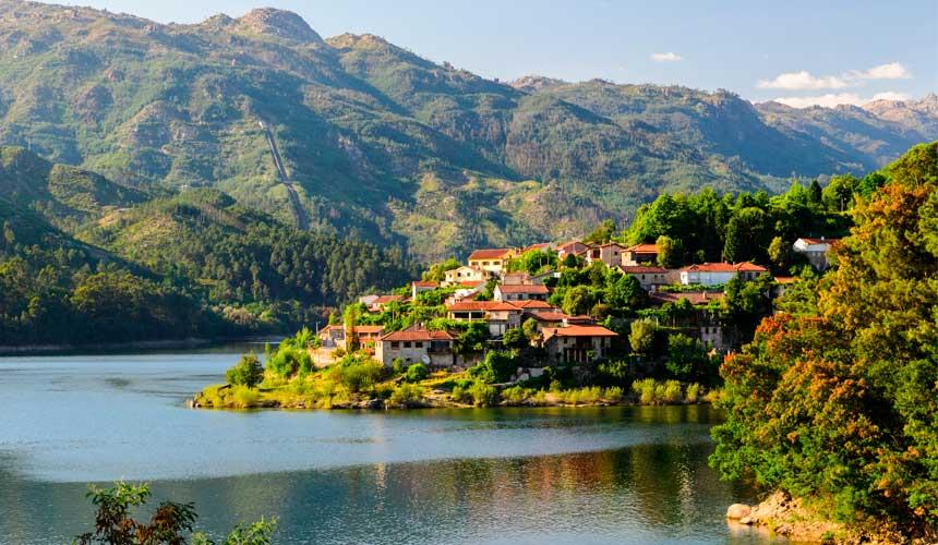Oplev det historiske Nordportugal og Portugals eneste nationalpark
